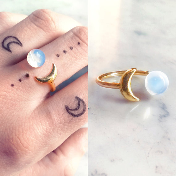 [Pre Order] Opal Gold Moon Ring